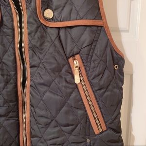 Vince Camuto Jackets & Coats - Vince Camuto Quilted Vest Navy & Brown